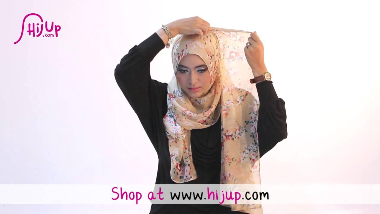 Tips Mudah Memilih Jilbab Segi empat
