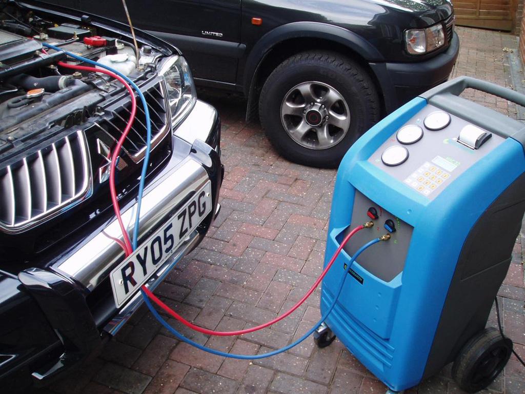 Cara Mudah Isi Freon AC Mobil