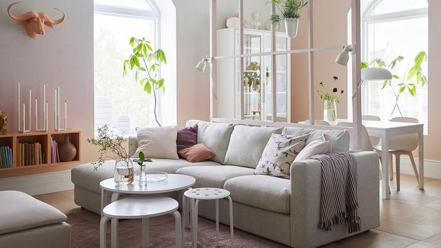 3 Furniture Untuk Ruang Keluarga Lesehan